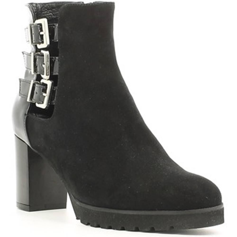Grace Shoes Čižmičky Grace Shoes  256