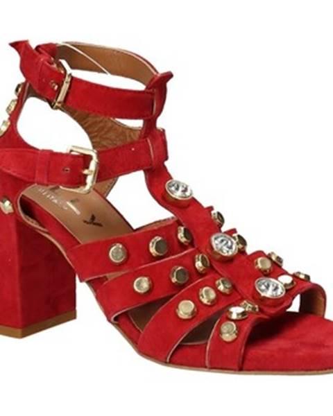 Červené sandále Mally