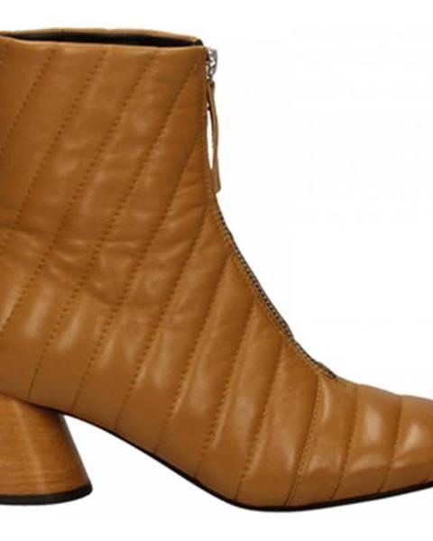 Žlté topánky Halmanera