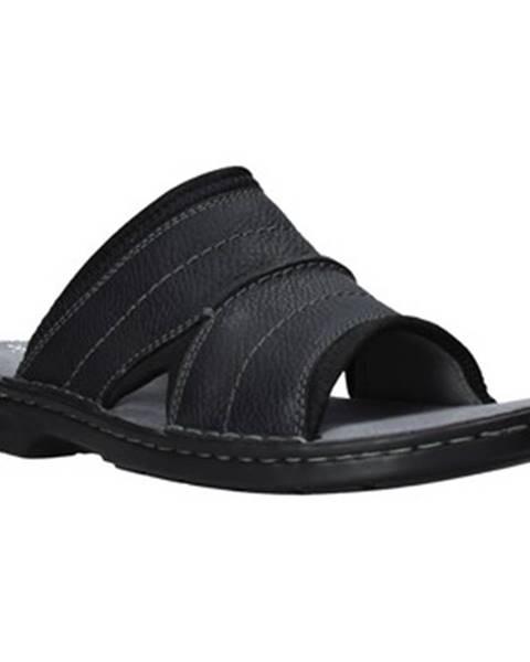 Čierne topánky Clarks