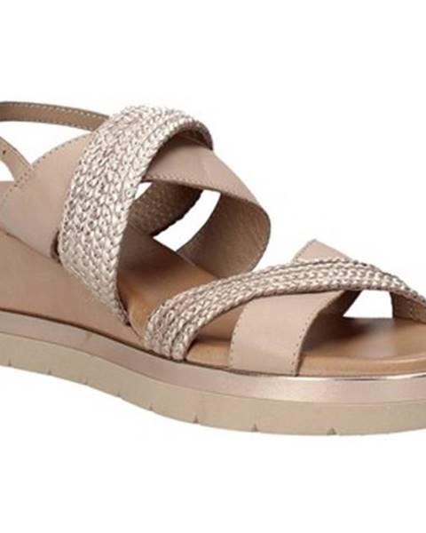 Béžové sandále Inuovo
