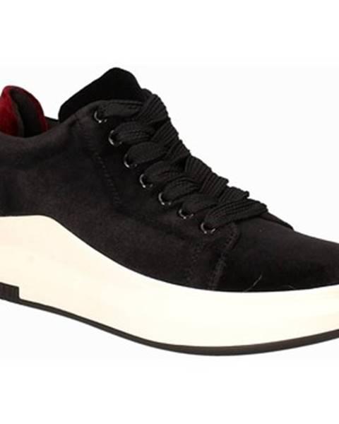 Čierne tenisky Exé Shoes