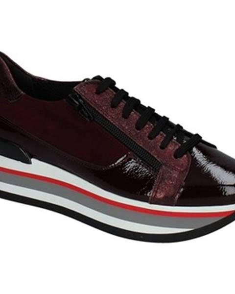 Červené tenisky Grace Shoes
