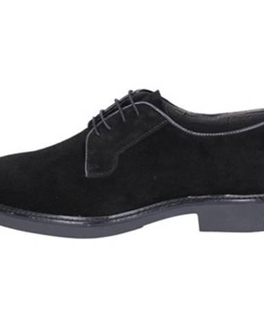 Čierne topánky Ossiani