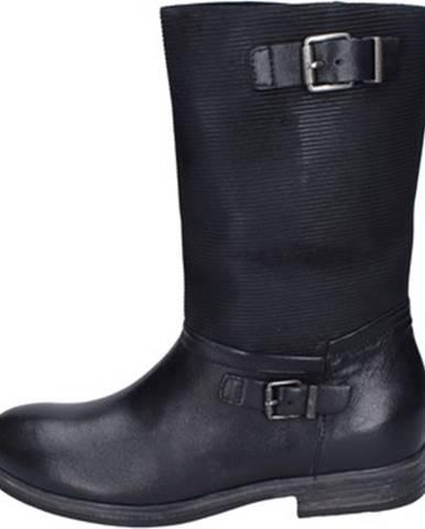 Čierne čižmy IGI CO