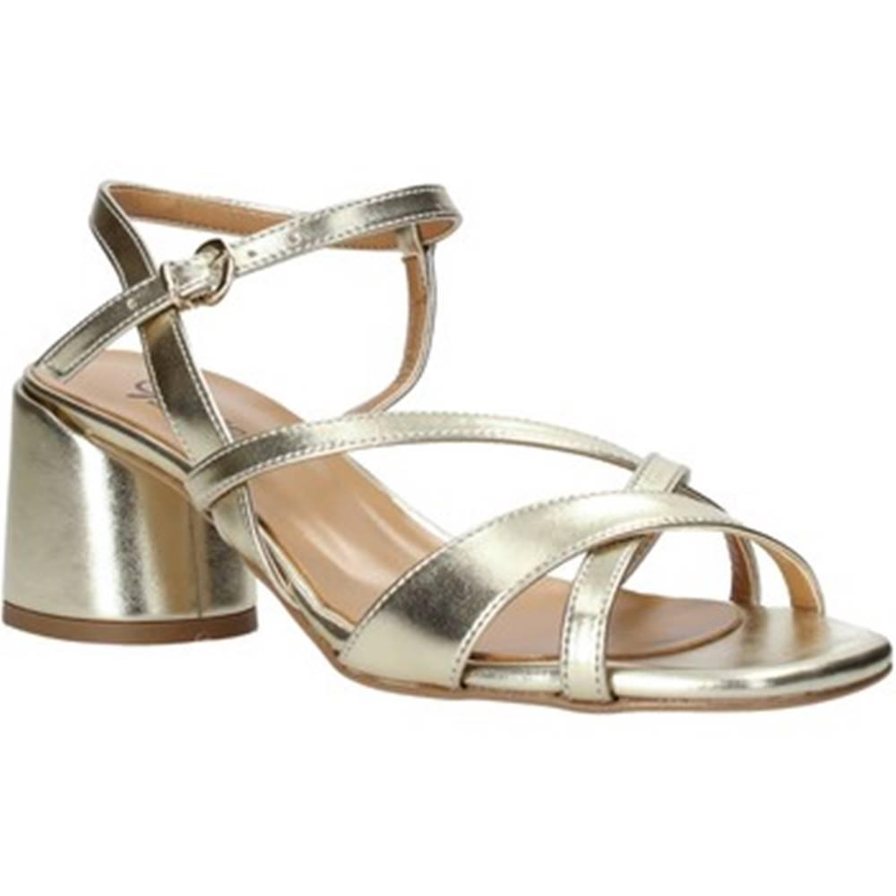 Grace Shoes Sandále Grace Shoes  123010