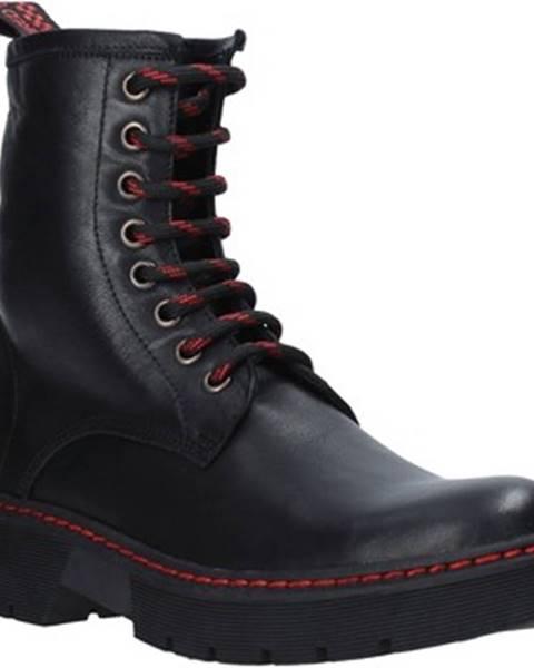 Čierne polokozačky Bueno Shoes