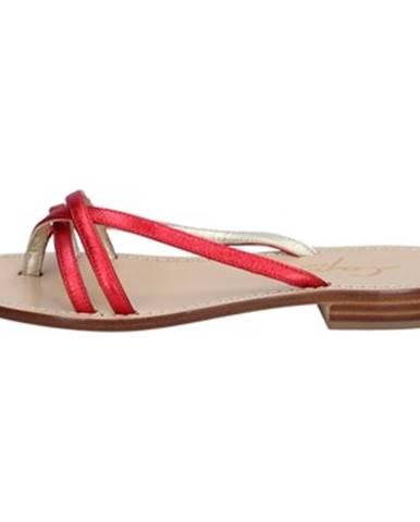 Červené sandále Soleae