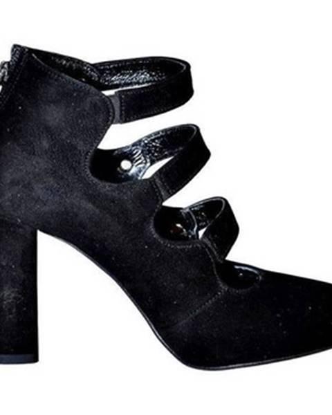 Čierne topánky Karino