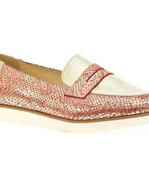 Červené topánky Carsona