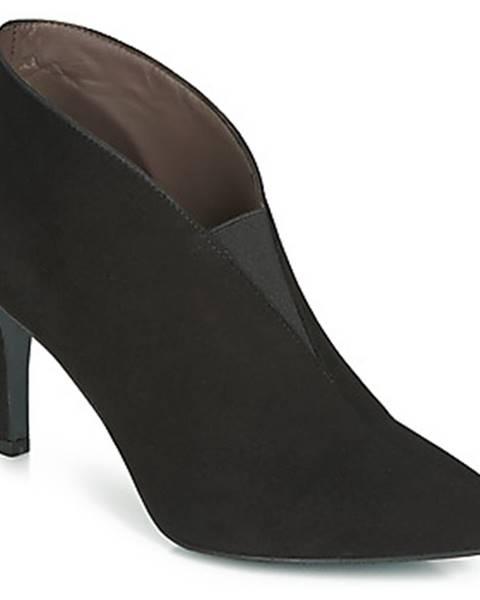 Čierne čižmy Perlato