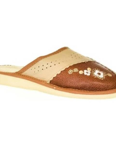 Hnedé papuče John-C