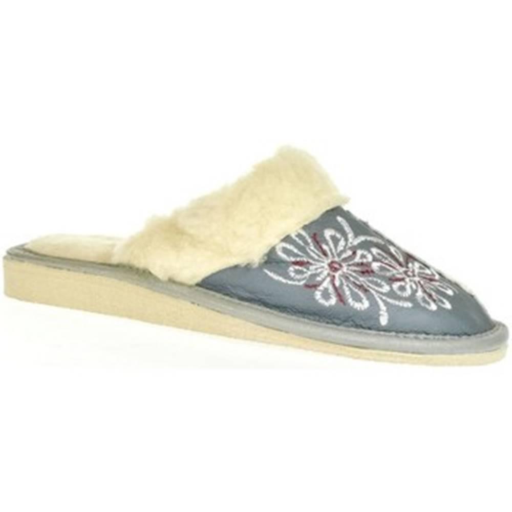 John-C Papuče John-C  Dámske sivé kožené papuče MILKA