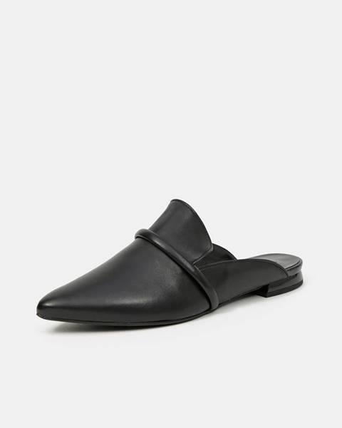 Čierne papuče Högl