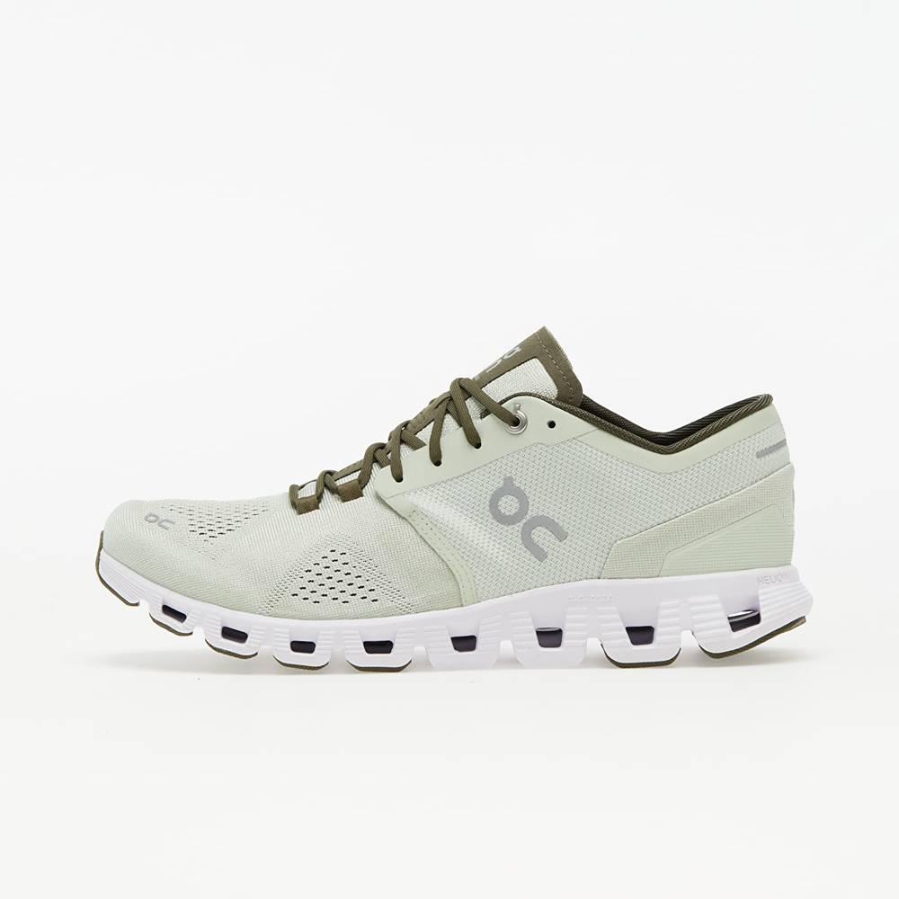 On Running ON Running Cloud X Aloe/ White