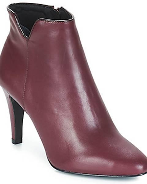 Červené topánky André
