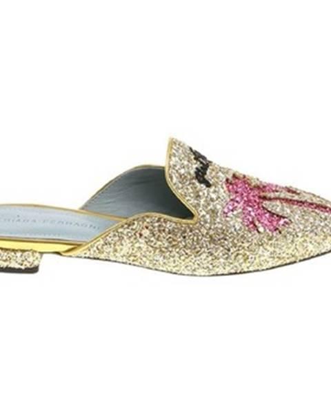 Zlaté topánky Chiara Ferragni
