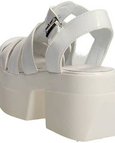 Biele topánky Cult