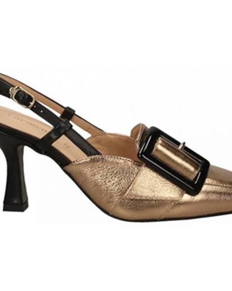Zlaté topánky Carmens Padova