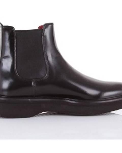 Čierne topánky Green George
