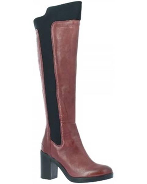 Červené čižmy Leonardo Shoes