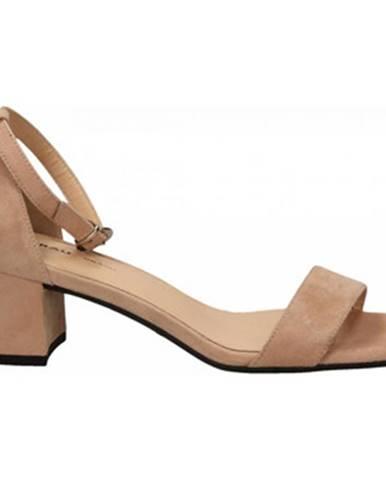 Ružové topánky Frau