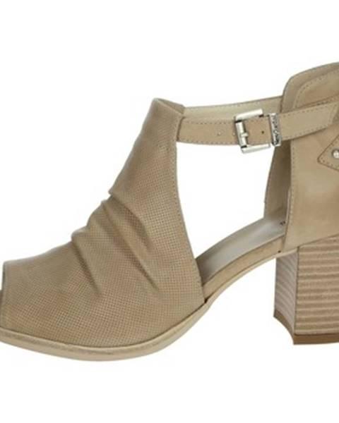 Béžové topánky Nero Giardini