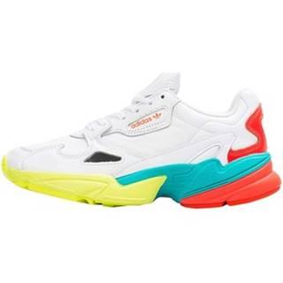Nízke tenisky adidas  Falcon W