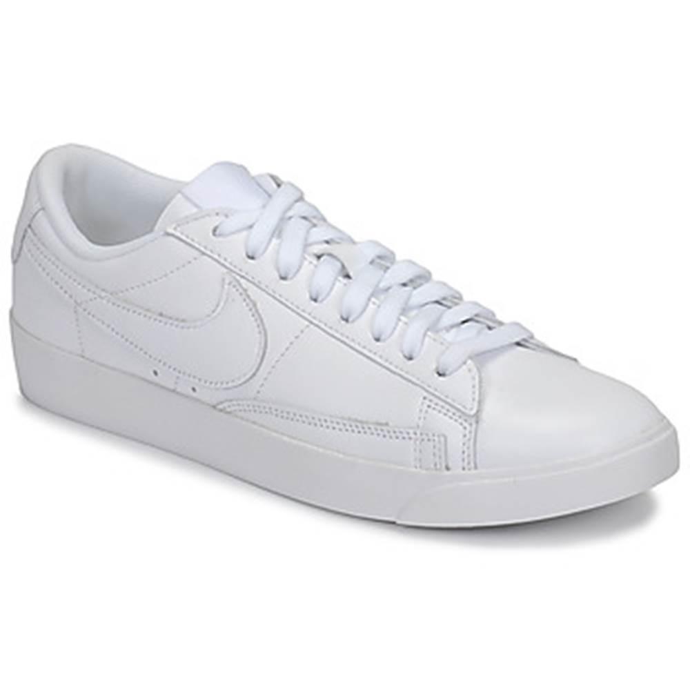 Nike Nízke tenisky Nike  BLAZER LOW LEATHER W