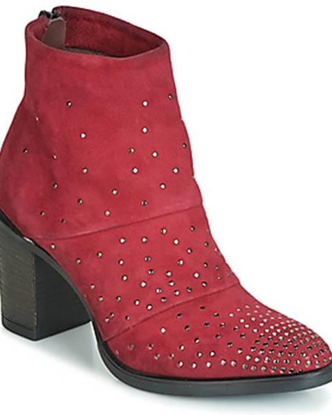 Červené topánky Metamorf'Ose