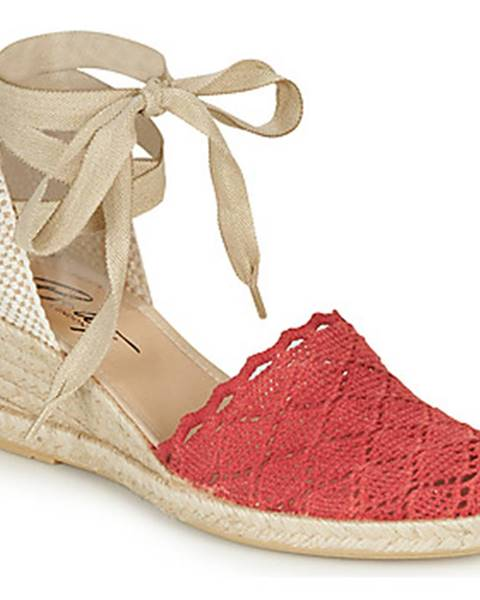 Červené sandále Betty London