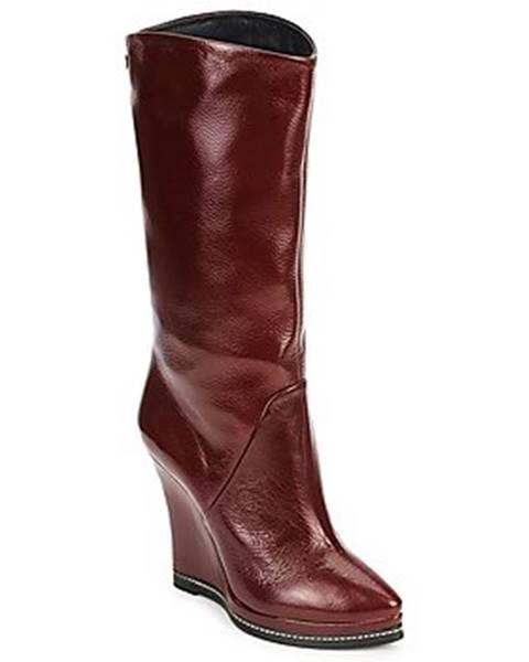 Červené topánky Fabi