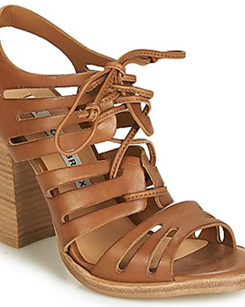 Hnedé sandále Bronx